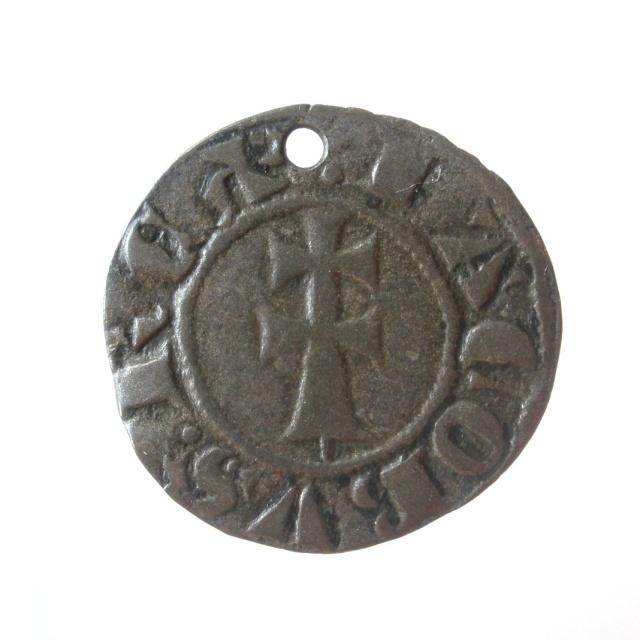 Monedas funerarias reutilizadas, de los siglos XII al XVII. - Página 3 P6030117