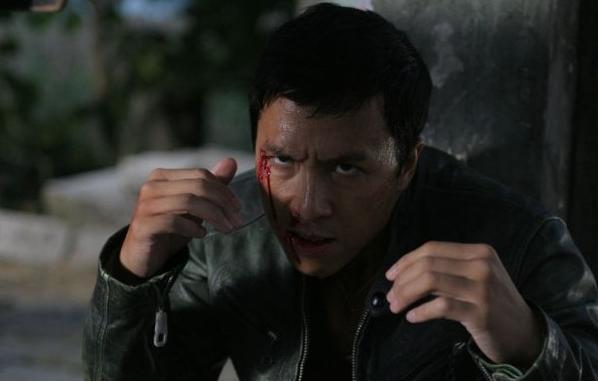 حصريا من اقوى واروع افلام الاكشن الصيني Flash.Point.2007.DVDRip مترجم بحجم 175 ميجا وعلى اكثر من سيرفر مباشر 710
