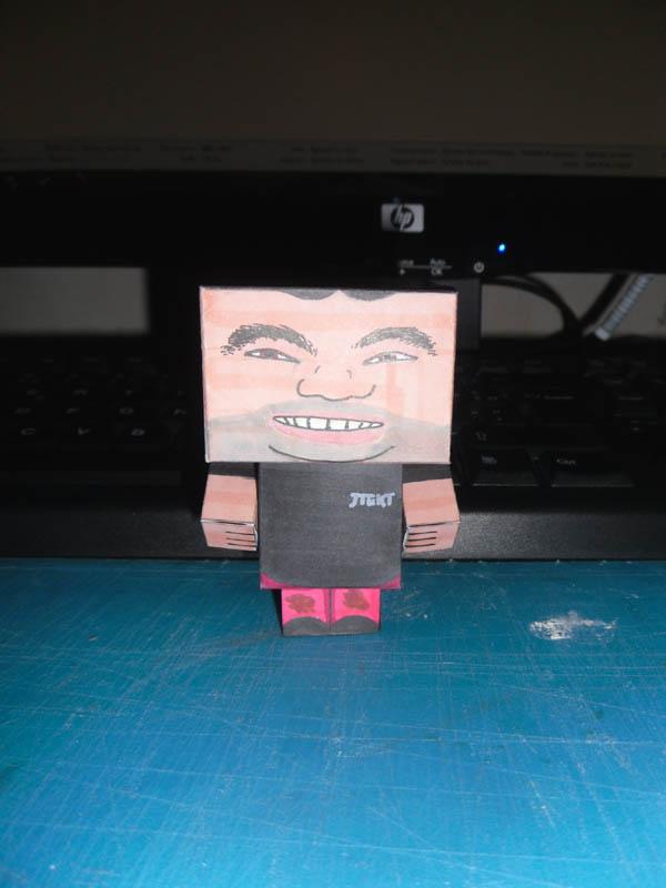 moi, par moi, en cubee Cubee012
