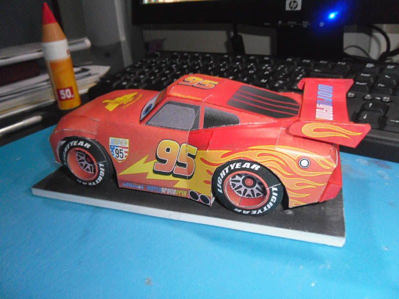 Flash MacQueen CARS 2 Mcquee11