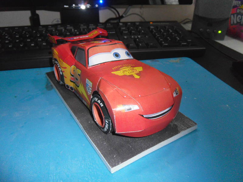 Flash MacQueen CARS 2 Mcquee12