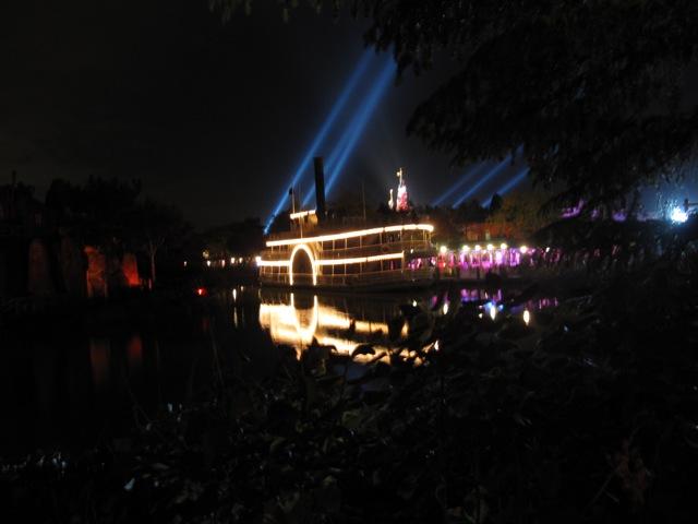 Le nostre foto notturne di Disneyland Paris - Pagina 3 Img_0310