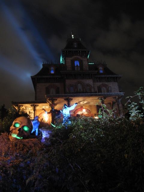 Le nostre foto notturne di Disneyland Paris - Pagina 3 Img_0311