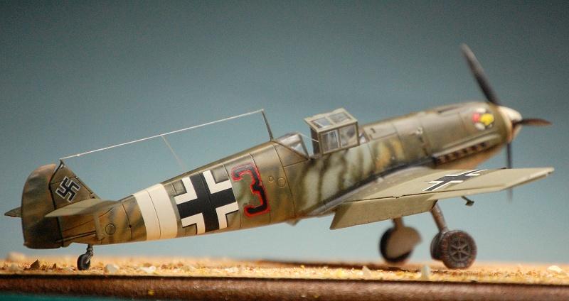 diorama   Messerschmitt Bf109 E-7 - le guépard - Airfix - 1/72 Armoir16