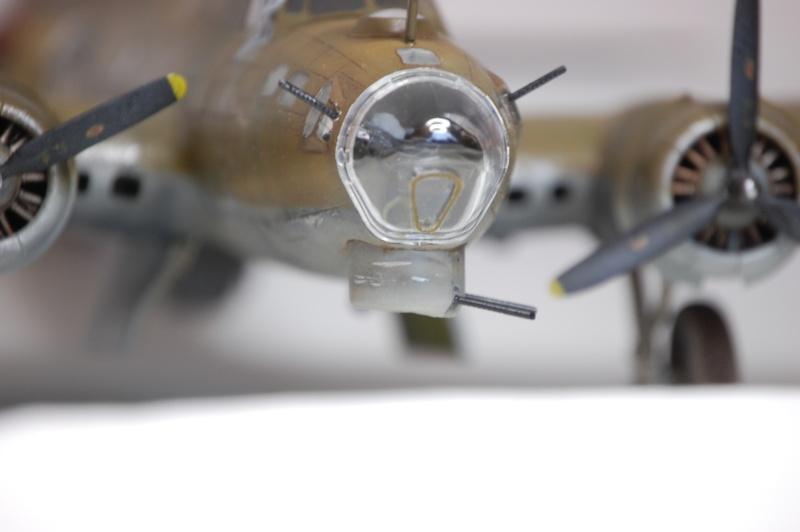 [Revell] - Boeing B-17G - Nine-o-nine - 1/72ème B-17_942