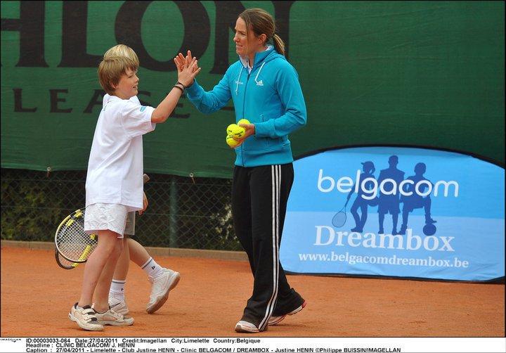 Justine Henin - 3 - Page 3 25019210