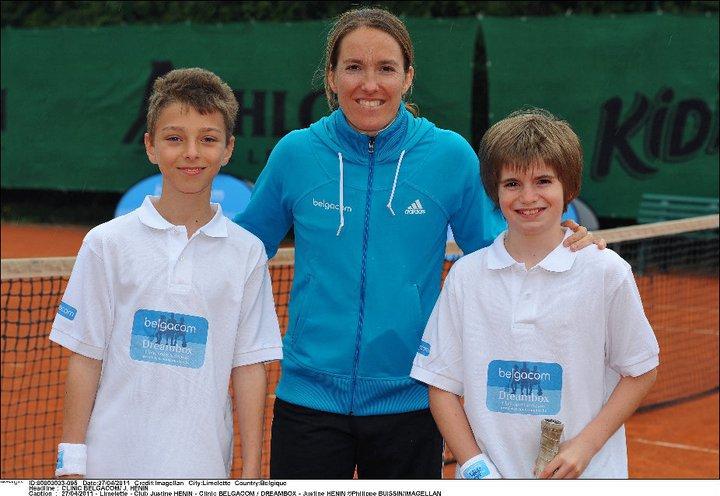 Justine Henin - 3 - Page 3 25066210