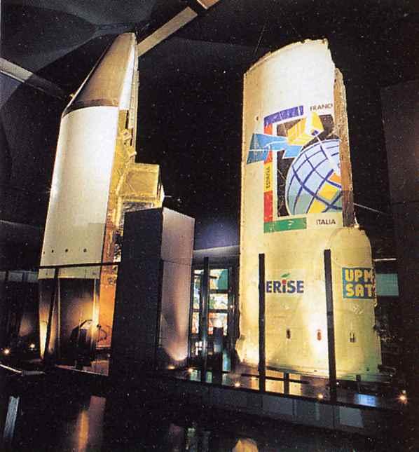 Photos des tirs d'Ariane avant la création du FCS - Page 4 Mae_co10