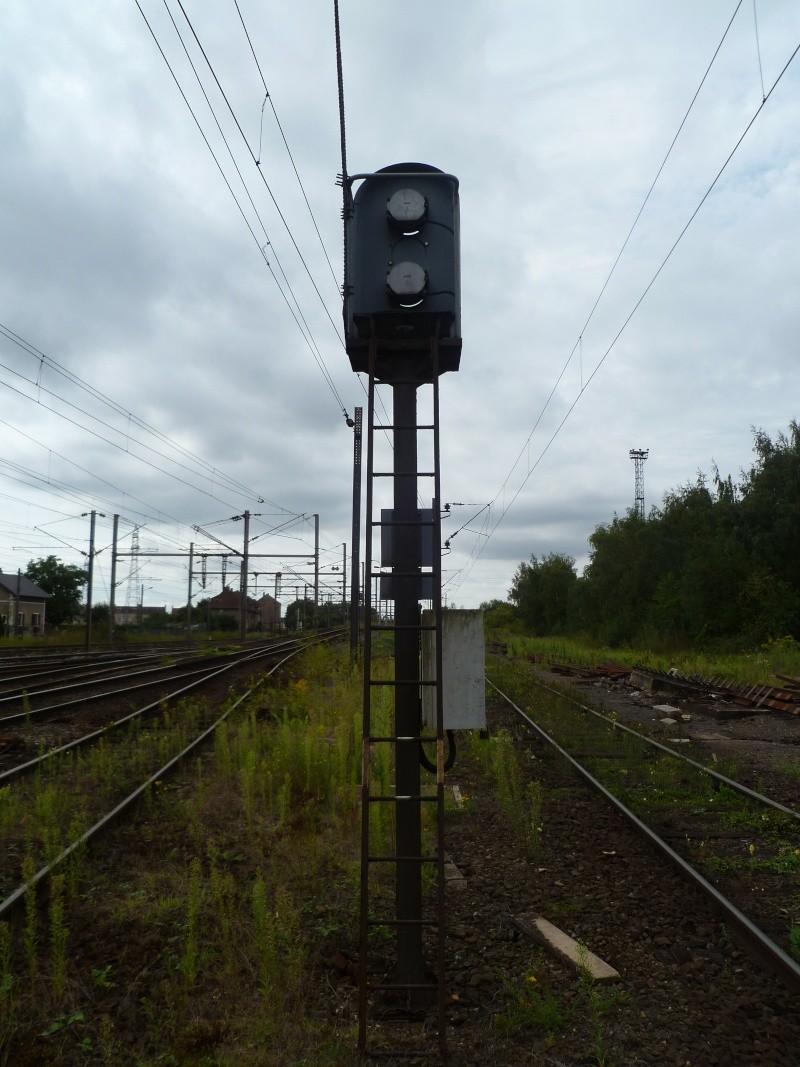 feux de voies de chemin de fer 210