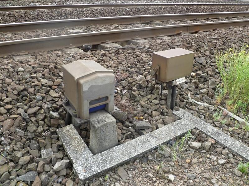 feux de voies de chemin de fer 2110