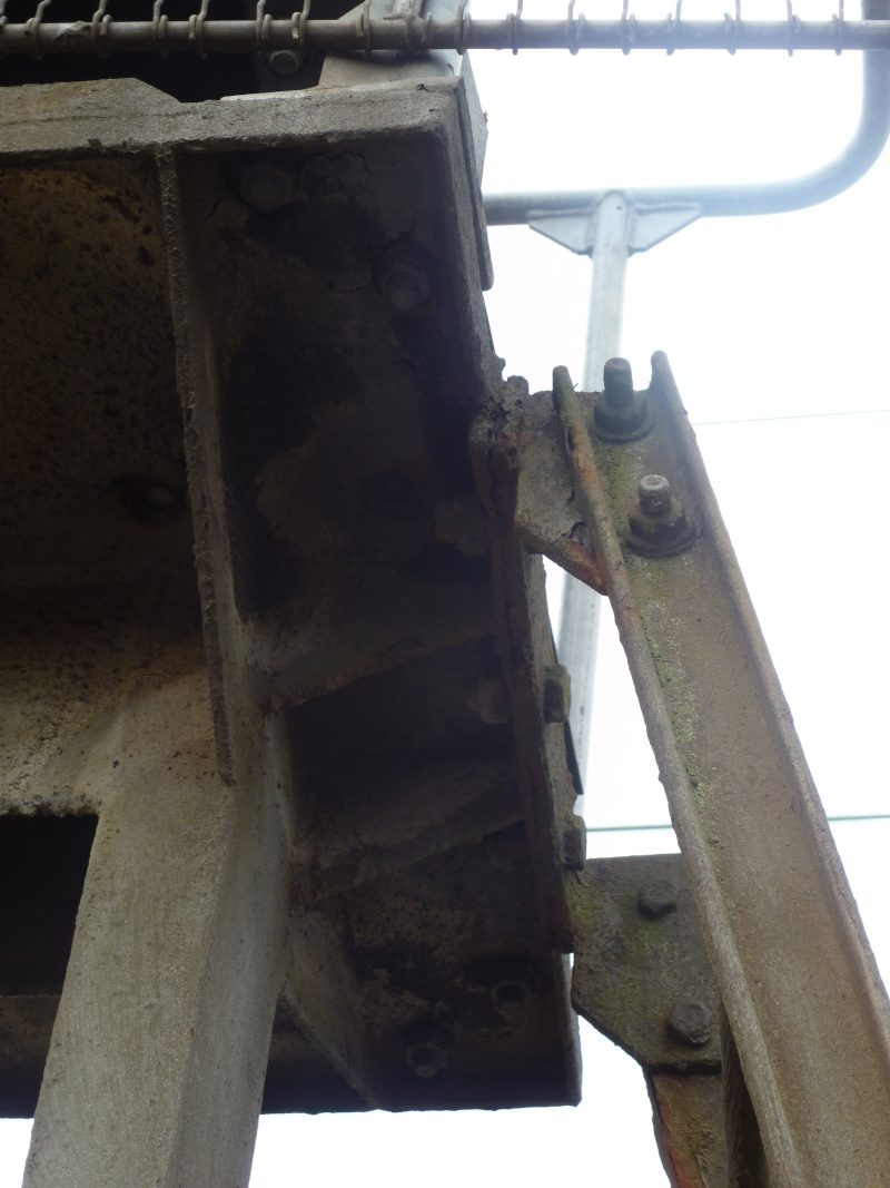 feux de voies de chemin de fer 910