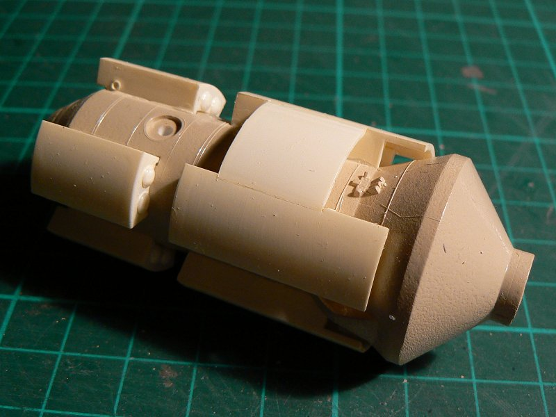 Construction d'une maquette de l'ISS P1210311