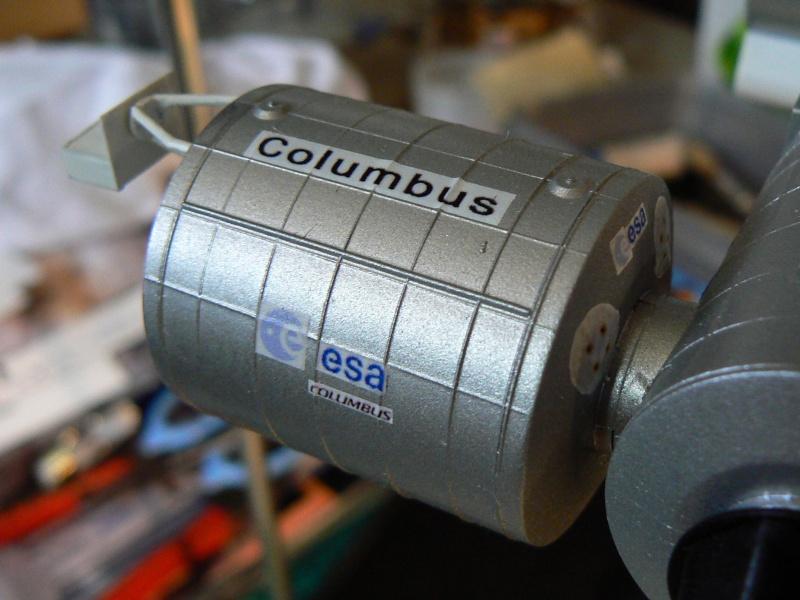 Construction d'une maquette de l'ISS P1210410