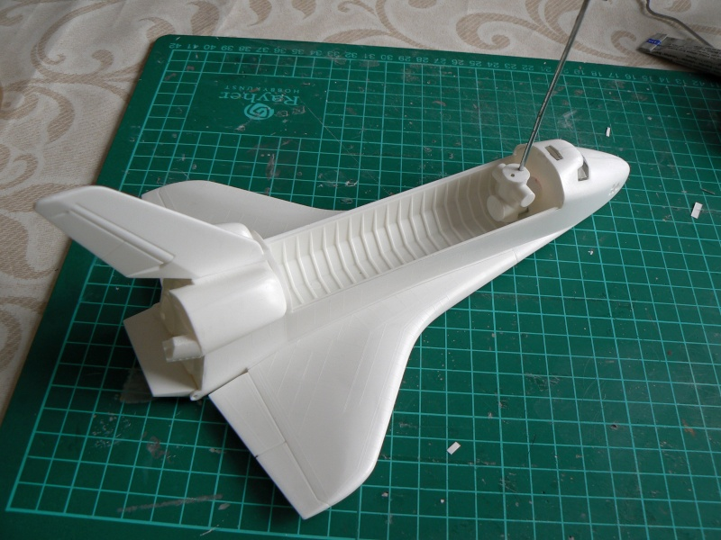 Construction d'une maquette de l'ISS P1210516