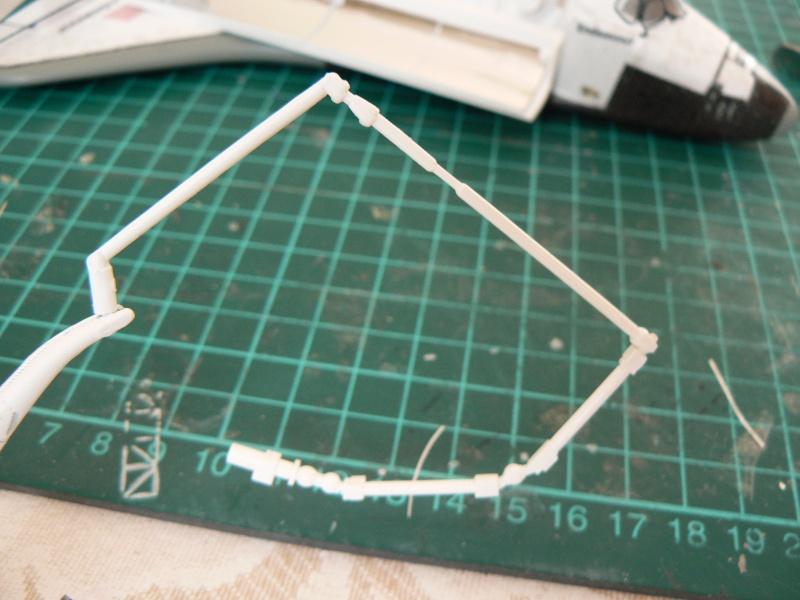 Construction d'une maquette de l'ISS - Page 2 P1210714