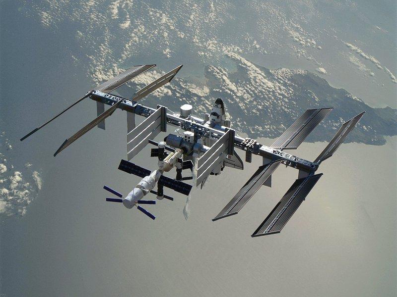 Construction d'une maquette de l'ISS - Page 2 P1210726