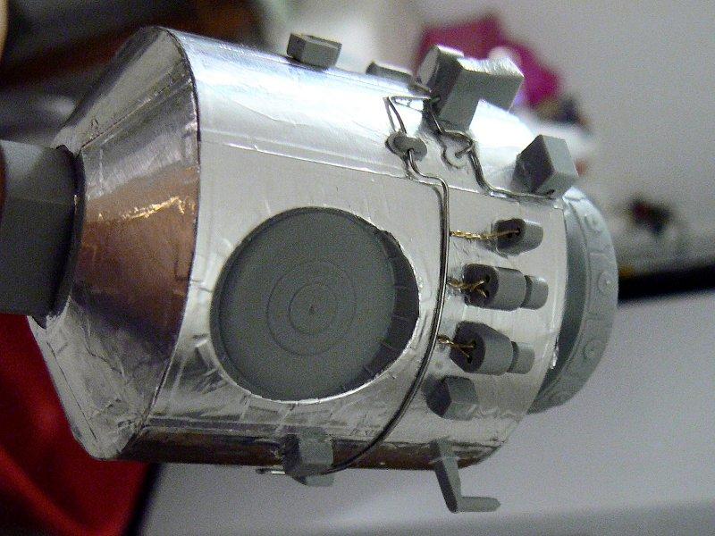 (Maquettes) Tiangong 1 - Shenzhou 9 P1220510