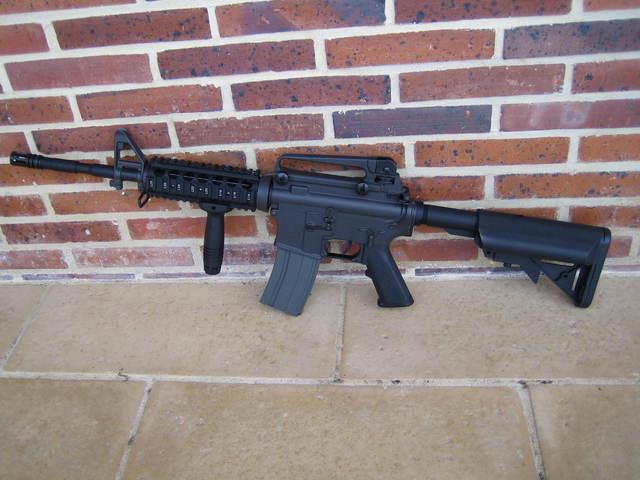 M15A4 Armalite RIS carbine, gillet OD, Glock 17 a bidouiller URGENT Img32810