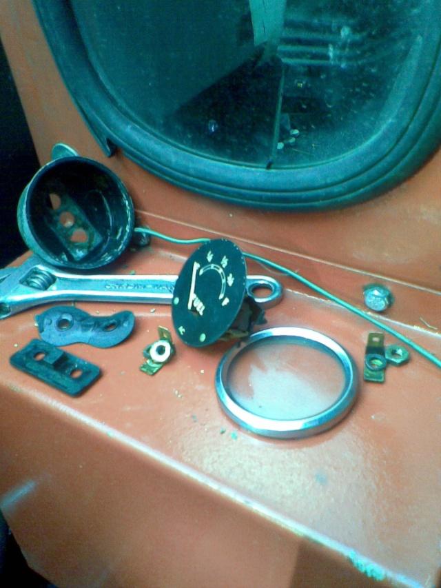 DB 1200 polttoainemittari Kuva6710