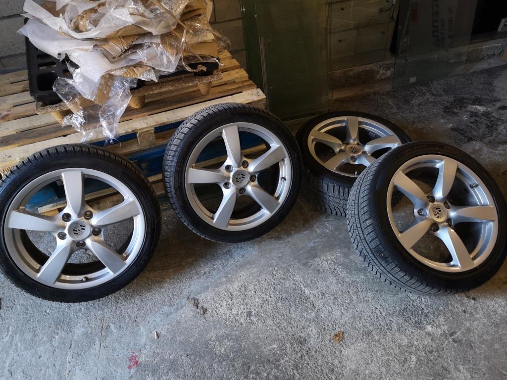 4 jantes origine Cayman S, avec une monte de pneus hiver quasi neufs Img_2022