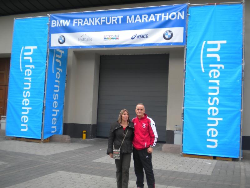 JP et ISA au marathon Francfort le 30 octobre Dscn6911