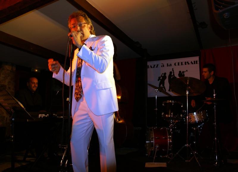 Une soirée inoubliable avec Olivier Leroy à la Cerisaie Dsc04210