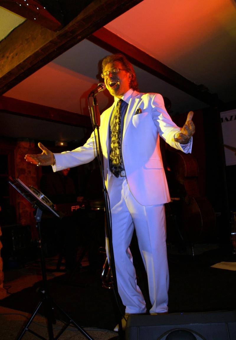 Une soirée inoubliable avec Olivier Leroy à la Cerisaie Dsc04211