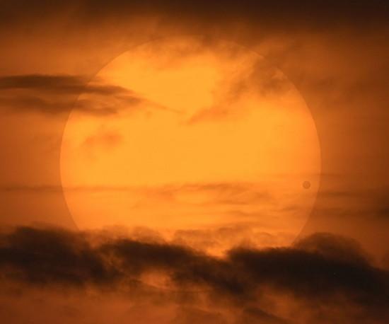Transit de Vénus - 6 juin 2012 12060310
