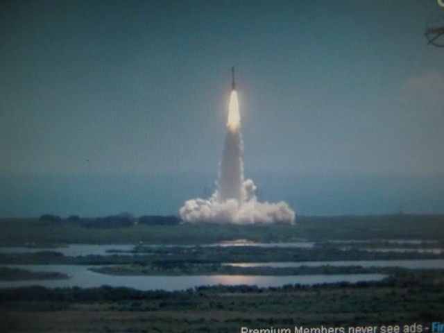 Lancement Atlas-5 avec la sonde Juno - Page 5 Img_0310