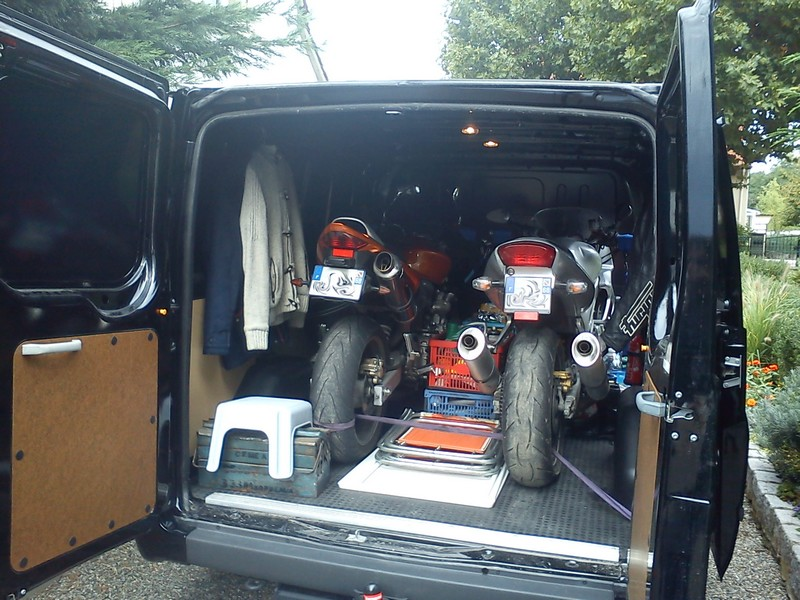 [MK7] En remplacement du FT190, Sport Van Dsc00010