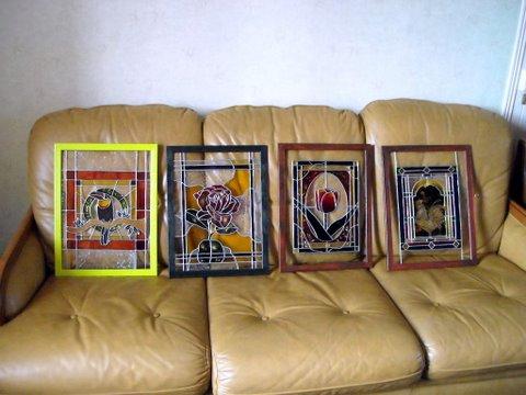 mes 4 vitraux en expo Dscn3220
