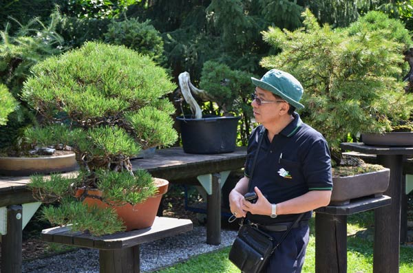 A Visit to Peter Thali's amazing Garden _1510