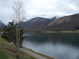 Dernières neiges d'hiver en vallée du Louron 01110