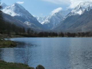 Dernières neiges d'hiver en vallée du Louron 01710