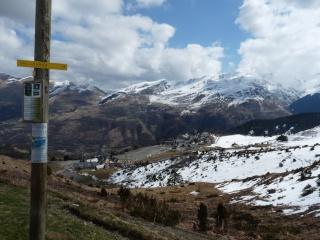 Dernières neiges d'hiver en vallée du Louron 03310