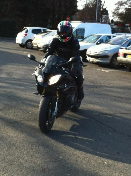 BMW S1000RR - Page 16 42053910