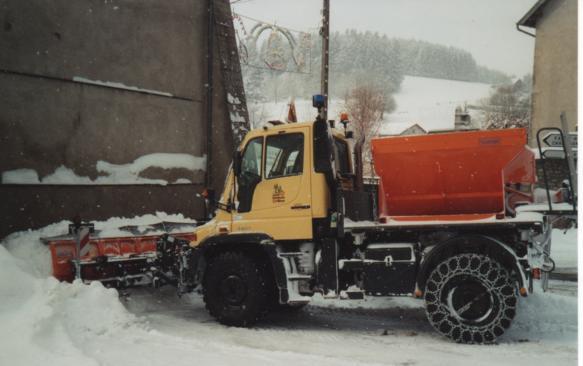photos unimog chasse neige Sans_t14
