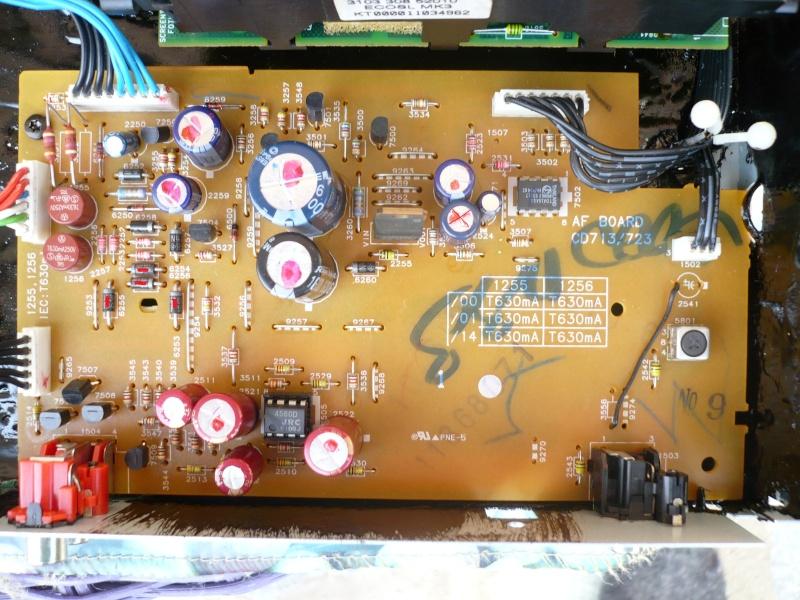 Tweaking di Marantz CD4000, CD5000, Philips CD753 - Pagina 3 P1010410
