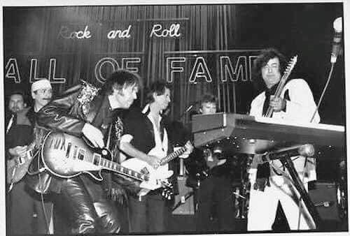 Tus fotos favoritas de los dioses del rock, o algo - Página 9 8f6d2510