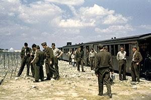 Les Trains... du désert et d'ailleurs - Page 3 Rafale10