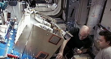 [ISS] Expédition 31: Déroulement de la mission - Page 2 Sans1056