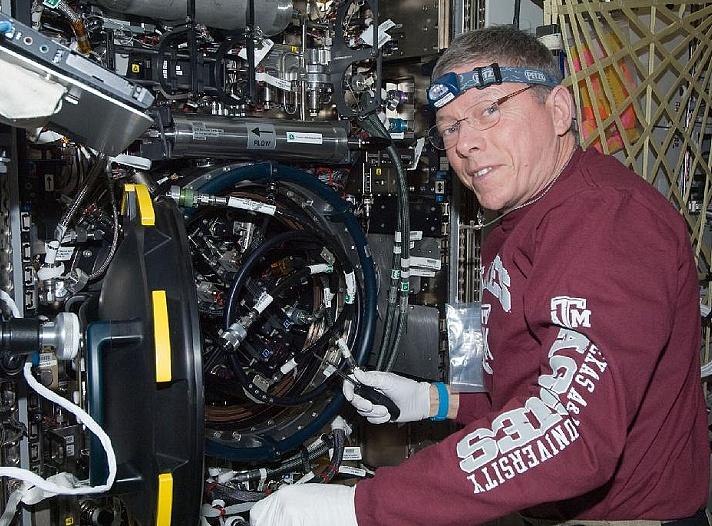 [ISS] Expedition 29: Déroulement de la mission. Sans_277