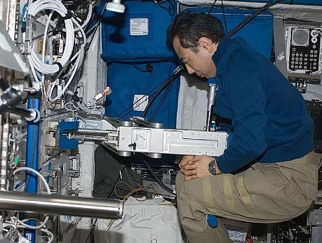 [ISS] Expedition 29: Déroulement de la mission. - Page 2 Sans_364