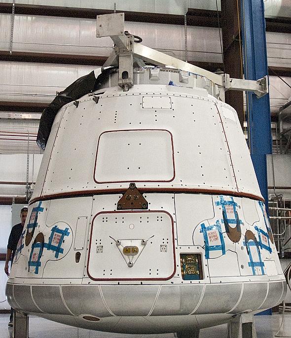 Falcon 9 / Dragon COTS-2: Préparatifs (Lancement le 19.05.2012 ) - Page 2 Sans_368