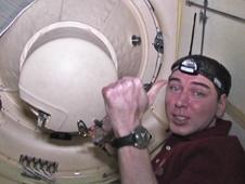 [ISS] Expedition 29: Déroulement de la mission. - Page 3 Sans_379