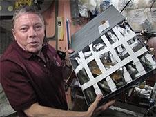 [ISS] Expedition 29: Déroulement de la mission. - Page 3 Sans_398