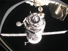 [ISS] Expedition 29: Déroulement de la mission. - Page 3 Sans_399