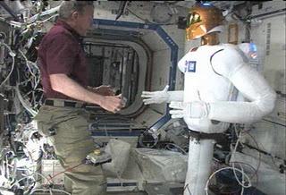 [ISS] Expedition 29: Déroulement de la mission. - Page 3 Sans_400