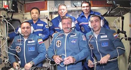 [ISS] Expedition 29: Déroulement de la mission. - Page 3 Sans_437
