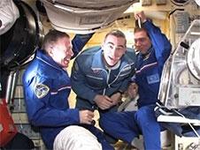 [ISS] Expedition 29: Déroulement de la mission. - Page 3 Sans_439